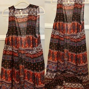Other - Paisley Print Sleveless Sheer Vest!